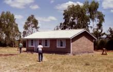 Fertiges Lehrerhaus im YP in Mogotio, 1988