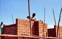 Häuserbau in Embu, 1993
