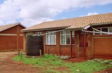 Wohnhaus in Kangemi, 1994