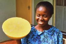 Bienenwachs für die Herstellung von Goldgewichten, 1987