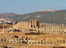 Blick zum Artemis Tempel