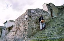 Tuffsteinwände in Latacunga