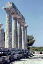 Säulen des Aphea Tempels auf Ägina