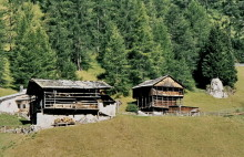 Alte Bergbauernhöfe oberhalb von St. Christina