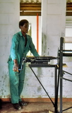 Maschendrahtflechter im ATC Chitepo