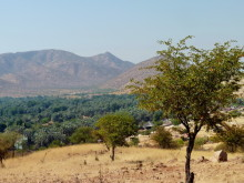 Blick auf die Omuranga Lodge, Epupa, 20.07.