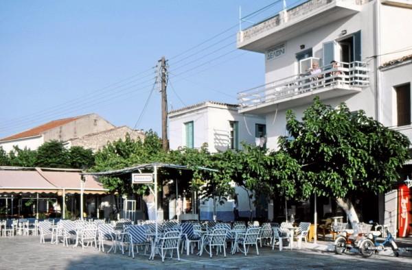 Hotel Delfini am Hafen in Pythagorion, 30.5.