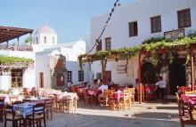 Die Vagelis Taverne in Chora, Juni 1991