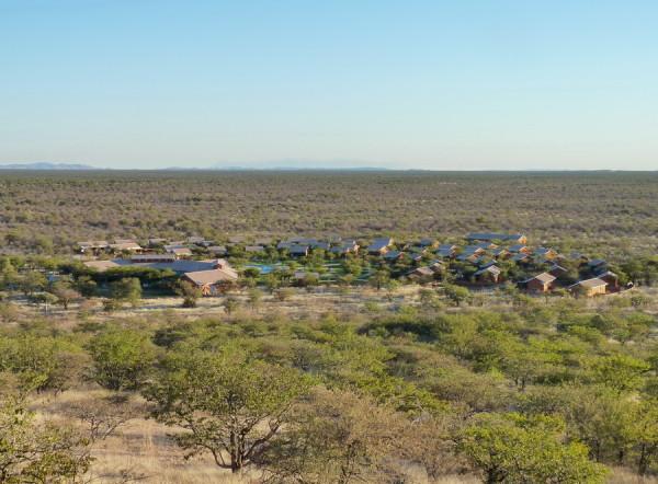 Blick auf die Damara Mopane Lodge, 2011