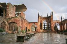 Die Ruinen der Coventry Kathedrale (Andrew Walker, 2006)