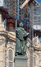 Martin Luther Denkmal vor der Frauenkirche, 2002
