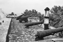 Kanonen vom Fort Metal Cross bei Dixcove, 1969