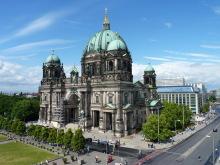Blick von der Humboldt-Box auf den Lustgarten und Berliner Dom, 19.6.2015